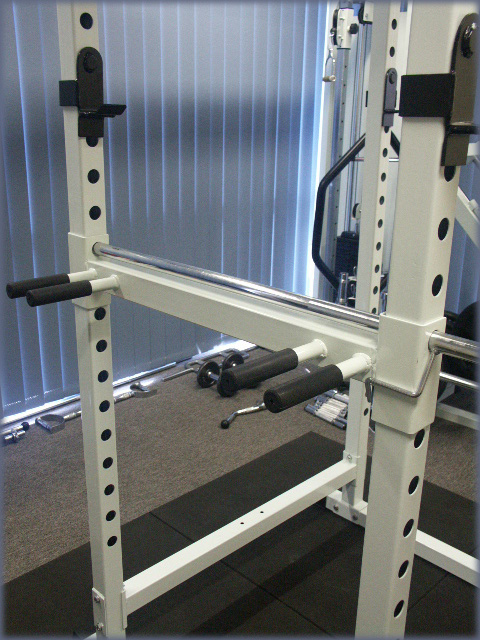 CYBERFIT LC2 Power Rack Dips Station